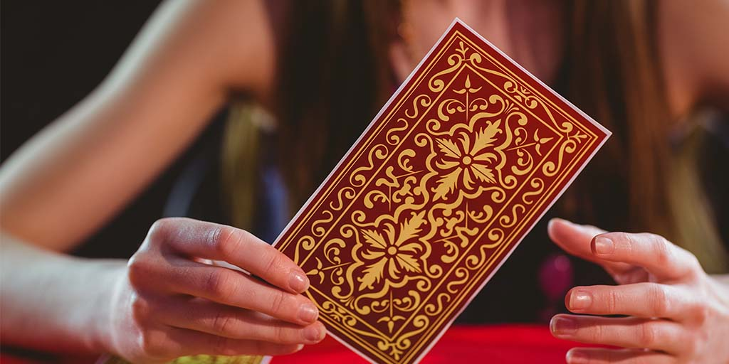 Make Sure You Never Ask These Questions During A Tarot Reading