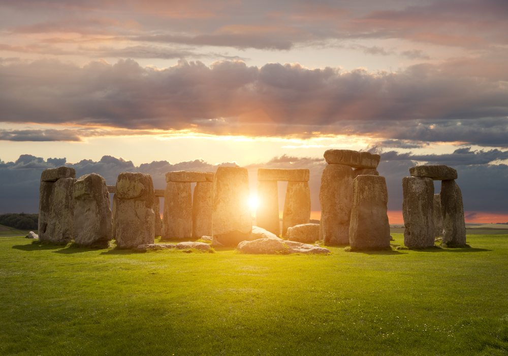 5 Ways to Celebrate the Summer Solstice & Make it Work For You